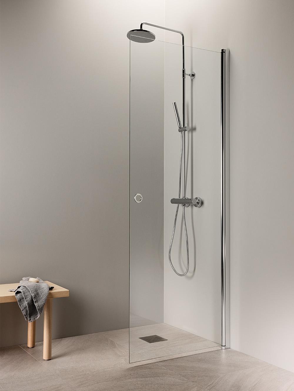Kääntyvä suihkuseinä kirkkaalla lasilla | PURO 3 malli